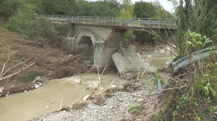 Alluvione: manifestazione pro Ponte Ufita
