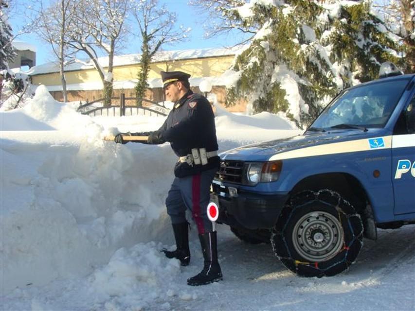 Polstrada: con la neve aumentano i controlli