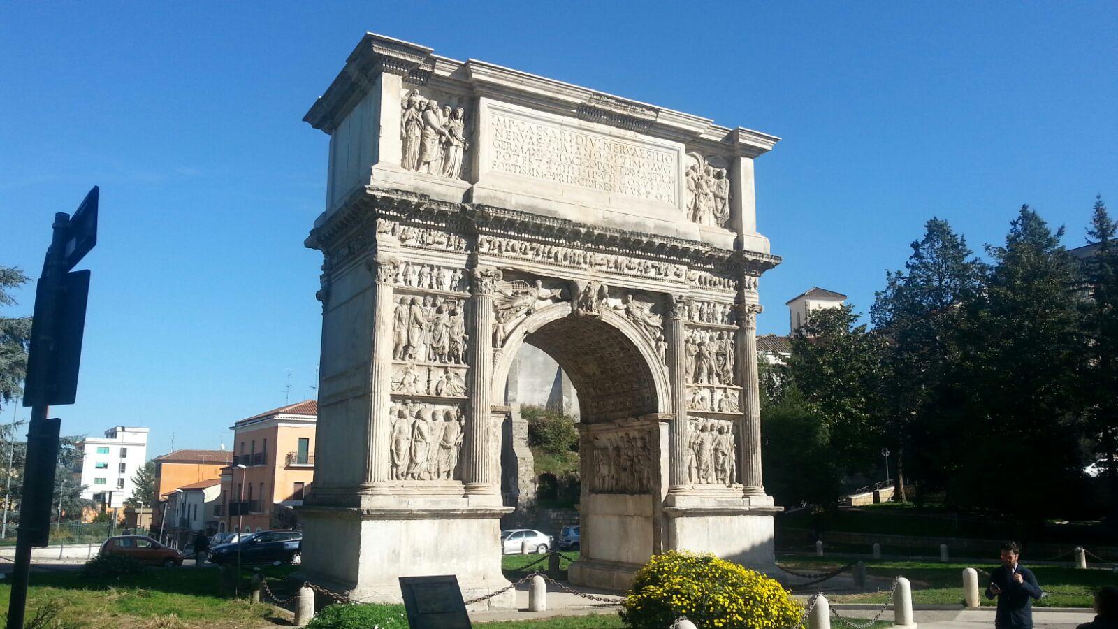 Benevento| Pics e stazione ferroviaria, a Palazzo Santa Lucia firmati protocolli d'intesa