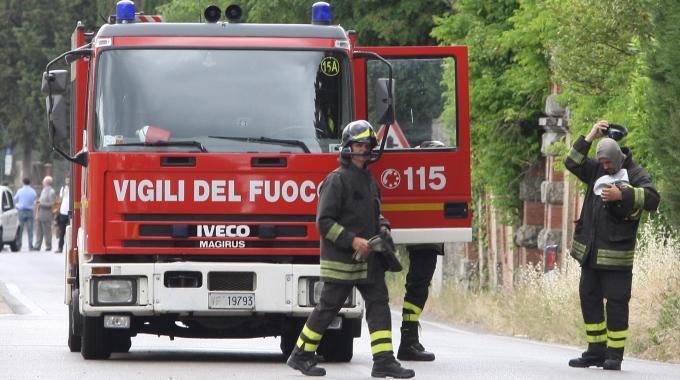 Lauro| Esplode abitazione a Migliano, 2 feriti portati in ospedale. Panico tra i residenti