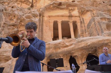 """Luca Aquino e il suo """"progetto Petra"""""""