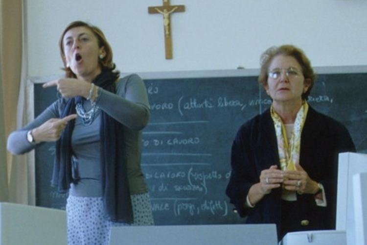 Provincia di Benevento: nuovo servizio per alunni audiolesi