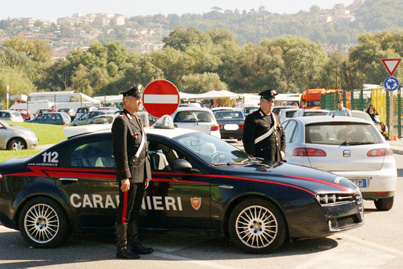 Furto in abitazione a Luzzano, arrestate tre donne