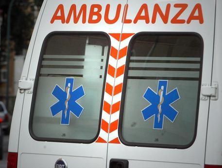 Viale Principe di Napoli: cade anziana, salvata dai Vigili del Fuoco