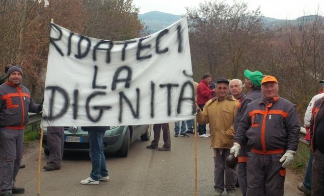 Operai forestali, i sindacati chiedono arretrati e stabilizzazione alla Regione