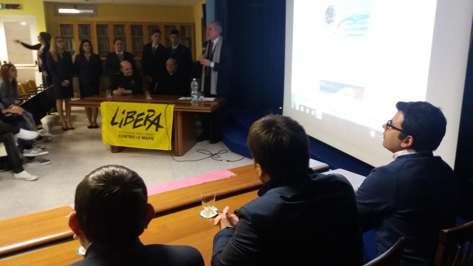 """Aspettando il 21 Marzo: all'IPSAR due """"personaggi"""" dell'antiracket"""