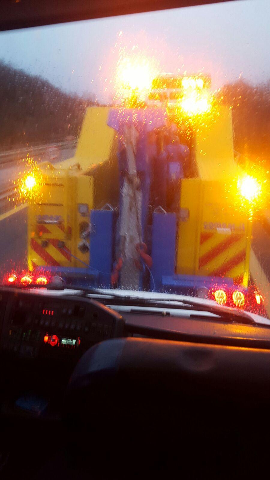 Tifosi giallorossi bloccati per un guasto al bus