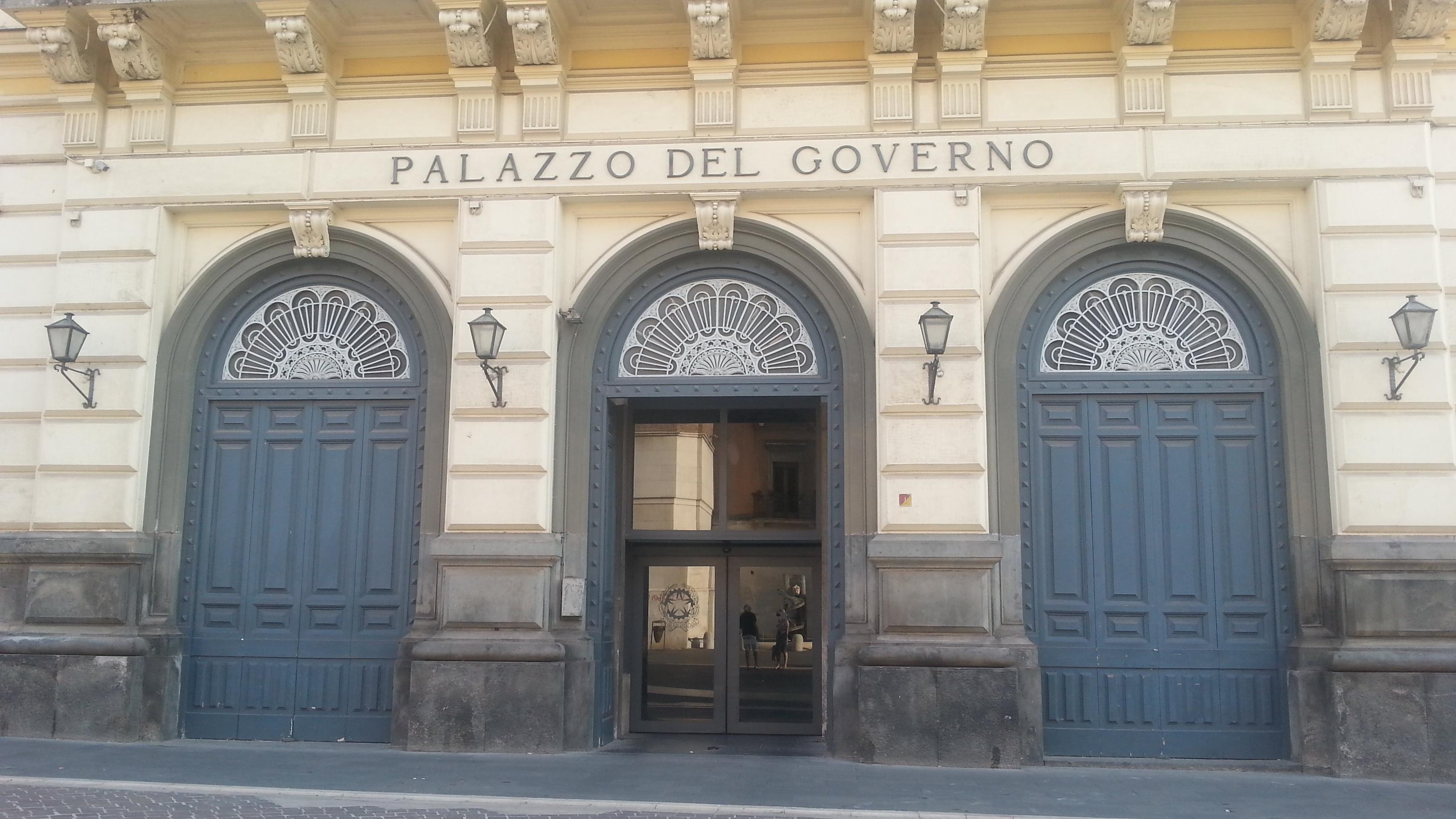 Benevento| #Apriamoiporti, manifestazione di Cgil, Cisl e Uil