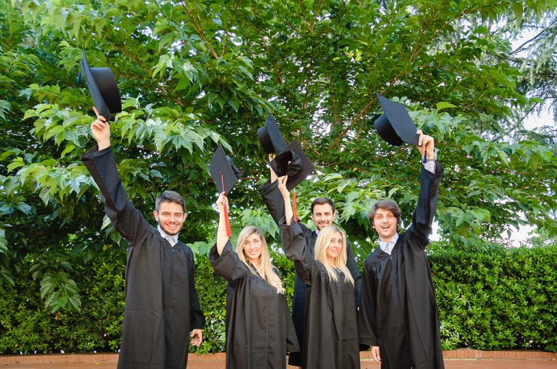 L'Unifortunato e le tesi di laurea