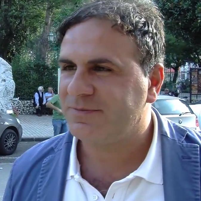Caso Amoriello, l'opposizione convoca i sindacati