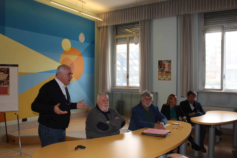 Ricci incontra i dipendenti della fallita Art Sannio Campania