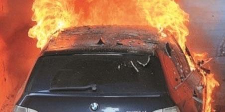 Ancora un'auto incendiata a Montesarchio: è allarme