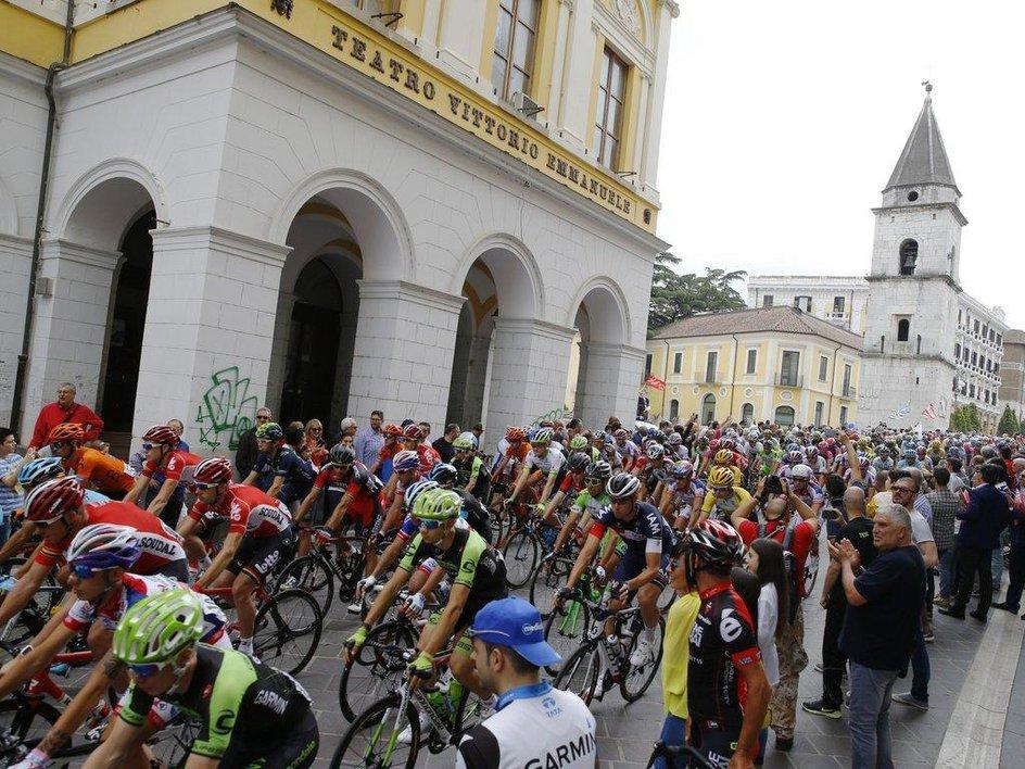 Giro d'Italia in città: ecco il piano traffico