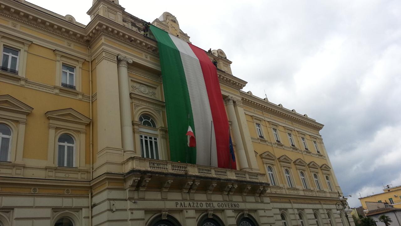 Benevento| Domani avvenne: 107 anni fa l'inaugurazione del Palazzo del Governo