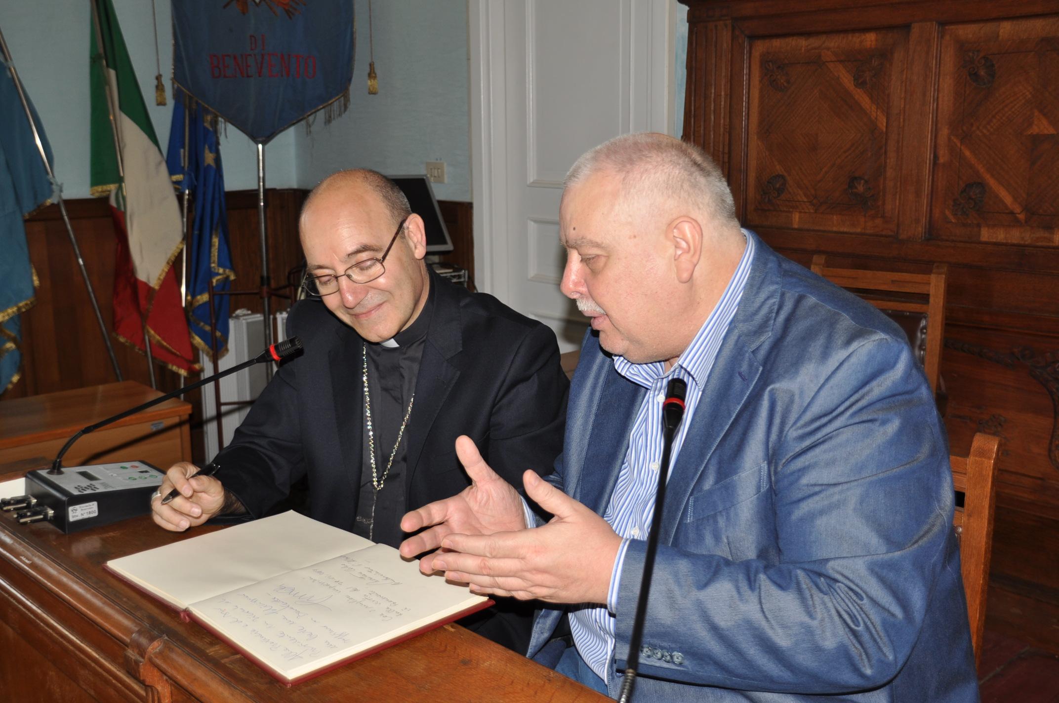 """Accrocca in visita alla Rocca dei Rettori. Ricci: """"e' un onore"""""""