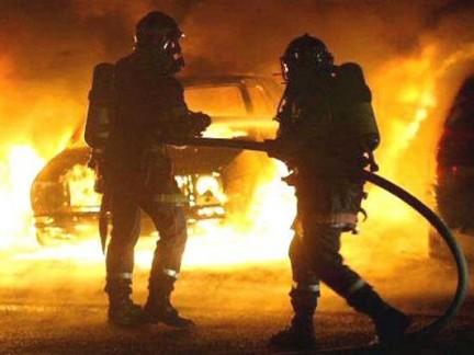 Montesarchio| Due auto in fiamme a distanza di 24 ore