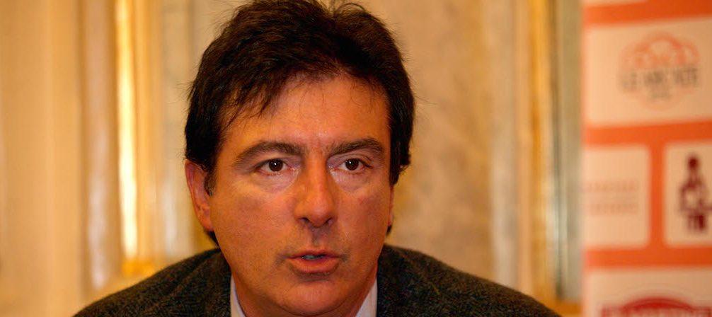 Avellino| Festa attacca la stampa irpina, levata di scudi di Ordine e Sindacato dei Giornalisti