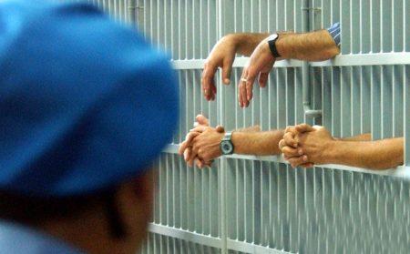 Avellino| 40enne si uccide in cella