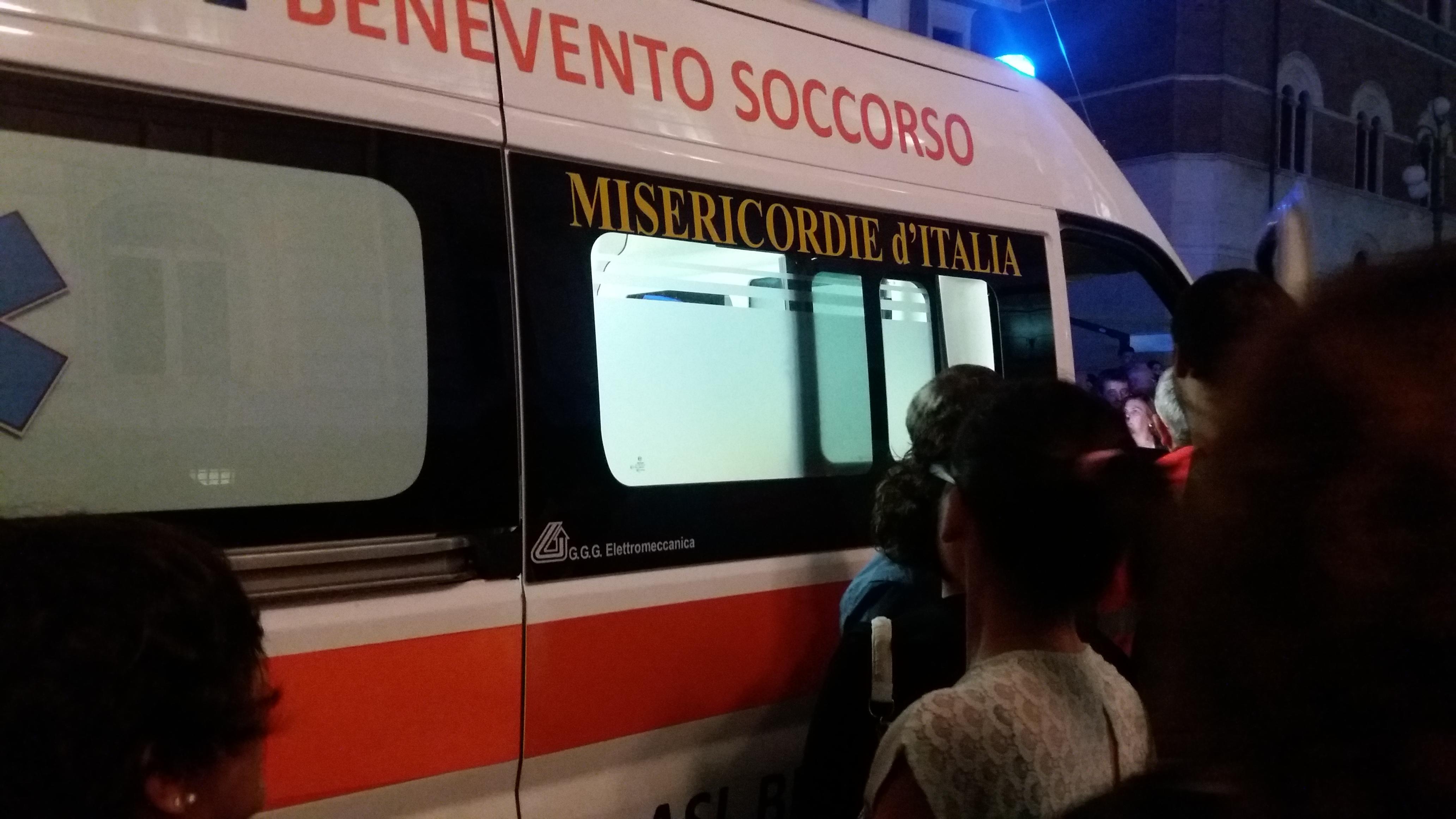 Campoli Monte Taburno| Auto contro muretto, muore in ospedale un 23enne