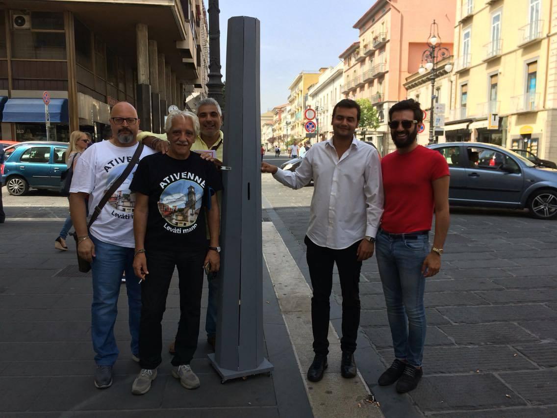 Sibilia (M5s) raccoglie le adesioni per dire no ai pali in città