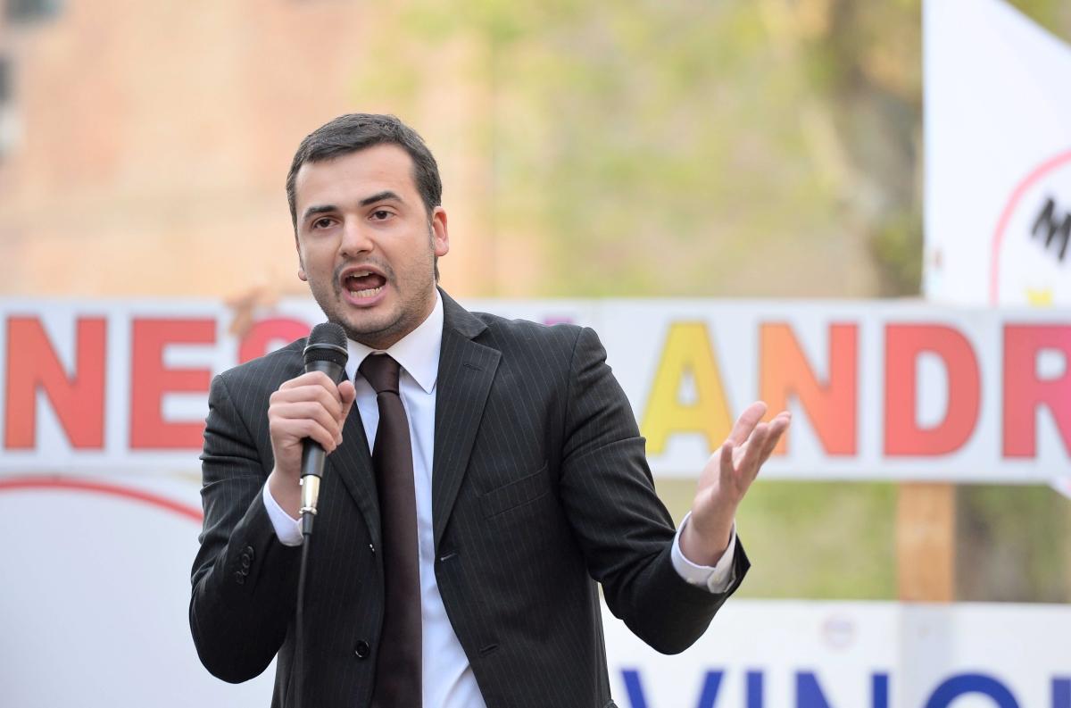 Avellino  Caso Luca Abete, Sibilia (M5s): «Chiederò conto ai ministri Alfano e Giannini»