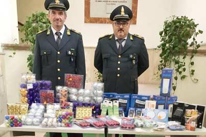 Benevento  Maxi sequestro di prodotti cinesi in città