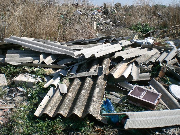 Marzano di Nola| Smaltimento illecito di amianto già sequestrato, denuncia e intervento dell'Arpac