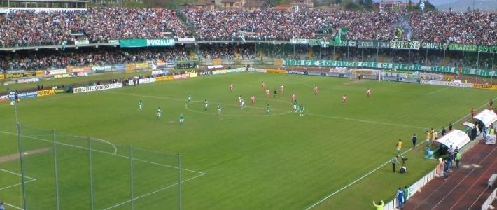 Avellino-Pro Vercelli: 3-2. Primo successo per i biancoverdi