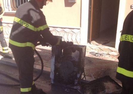 Lavatrice prende fuoco, paura a San Salvatore Telesino