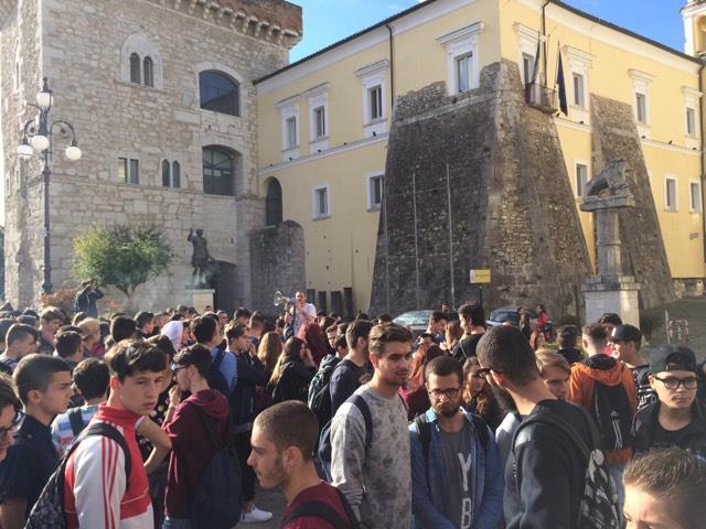 Benevento| Gli studenti occupano simbolicamente la Provincia
