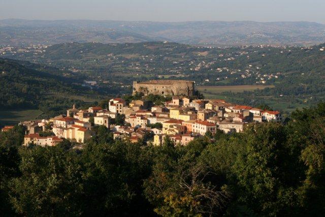 """Ceppaloni, c'è il finanziamento per via Brecciale a Santa Croce. Il sindaco De Blasio: """"Era il primo impegno preso in campagna elettorale"""""""