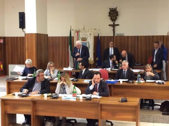 Avellino| Maggioranza: corsa da ostacoli in Comune
