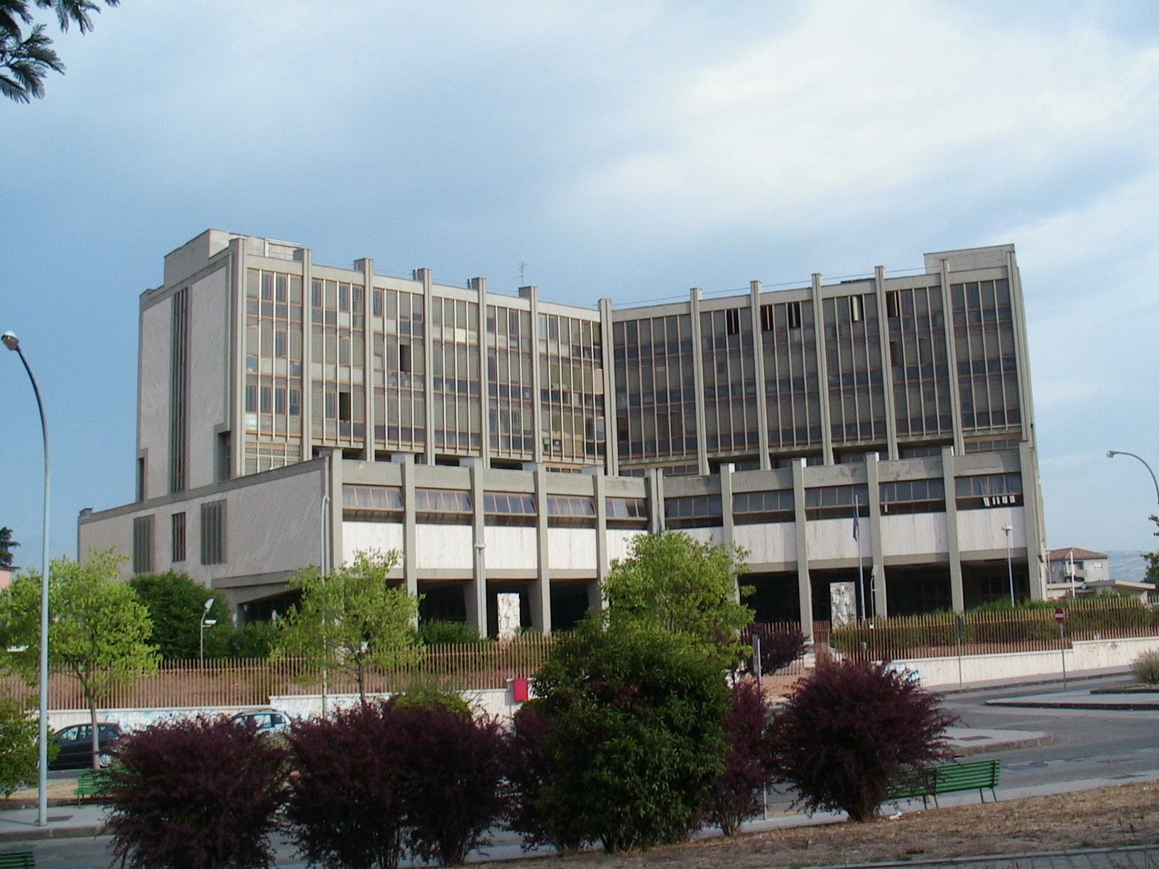 Benevento| Appalti mense scuole e Asl, sequestro da 1,5 mln