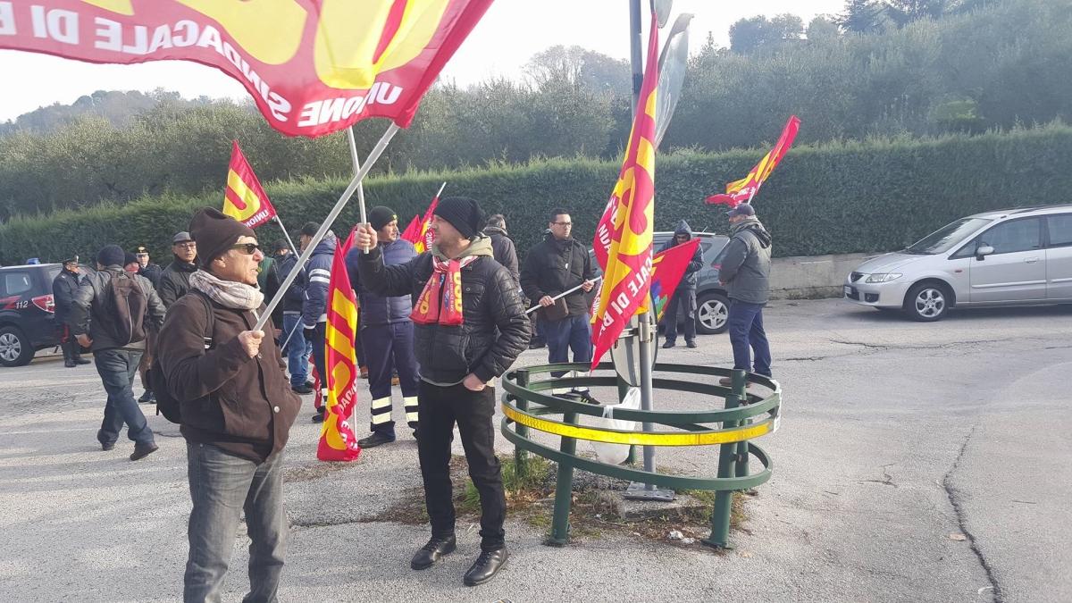 Usb: sciopero di quattro ore per i vigili del Fuoco