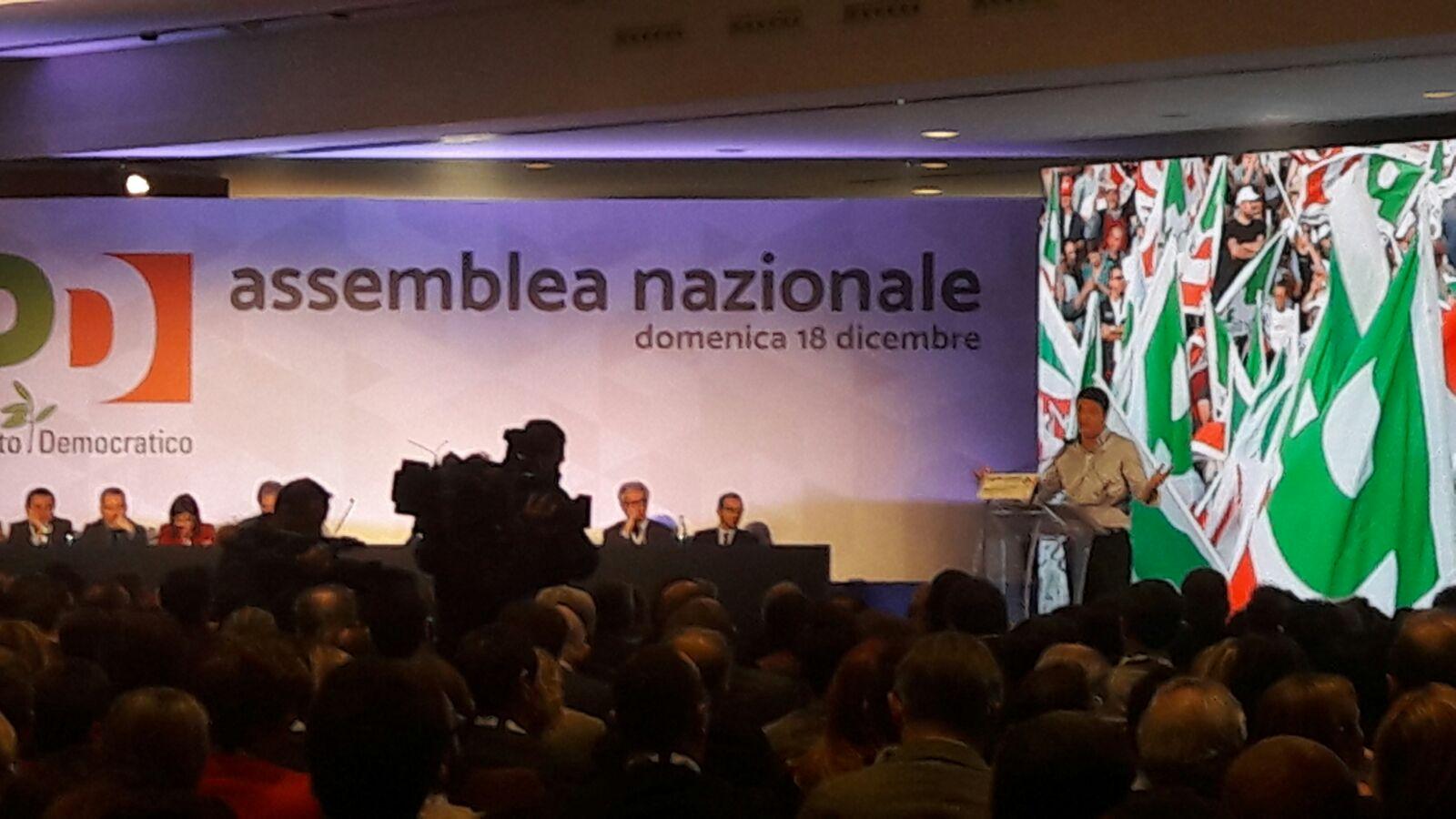 Roma  Assemblea Nazionale PD, Renzi fa quadrato