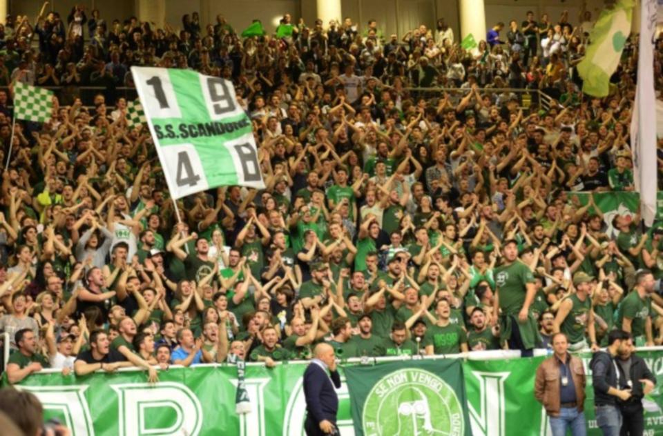 Avellino| Scandone rialzati c'è di nuovo la Champions