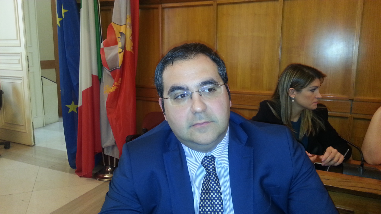 Bilancio, De Pierro attacca la Serluca e chiede convocazione Commissione Finanze