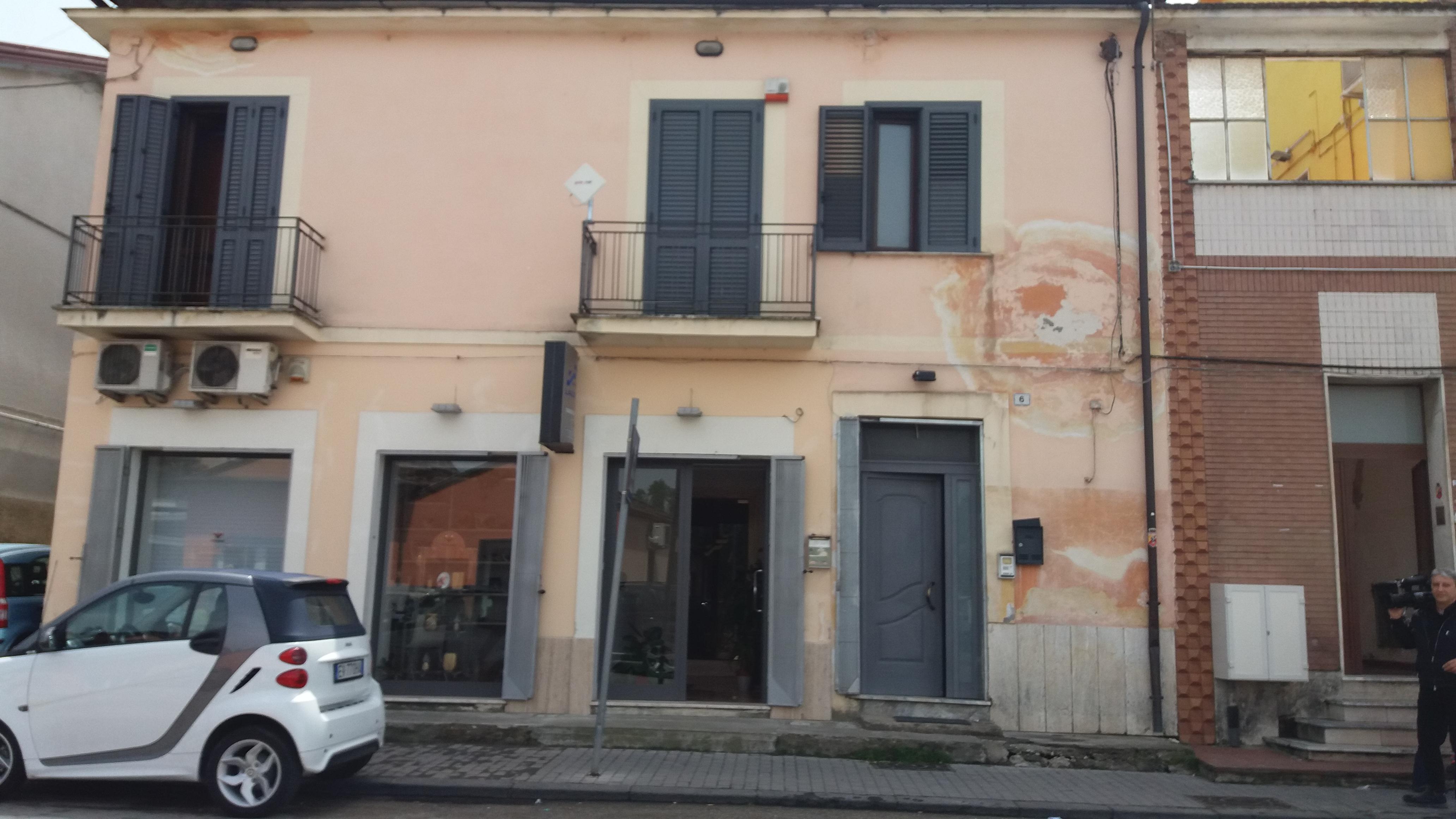Benevento| Sequestrati due centri di accoglienza per migranti
