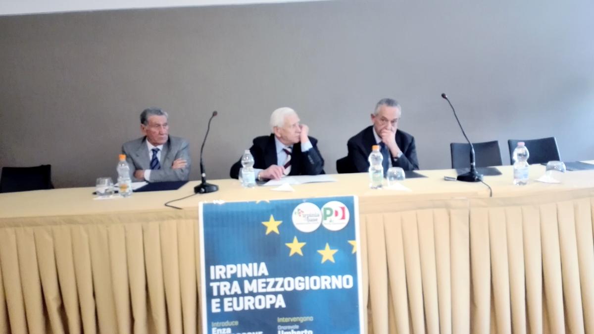Avellino| Congresso e tesseramento Pd, l'area De Caro scrive a Renzi