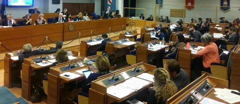 Bullismo e cyberbullismo, la Campania approva la legge