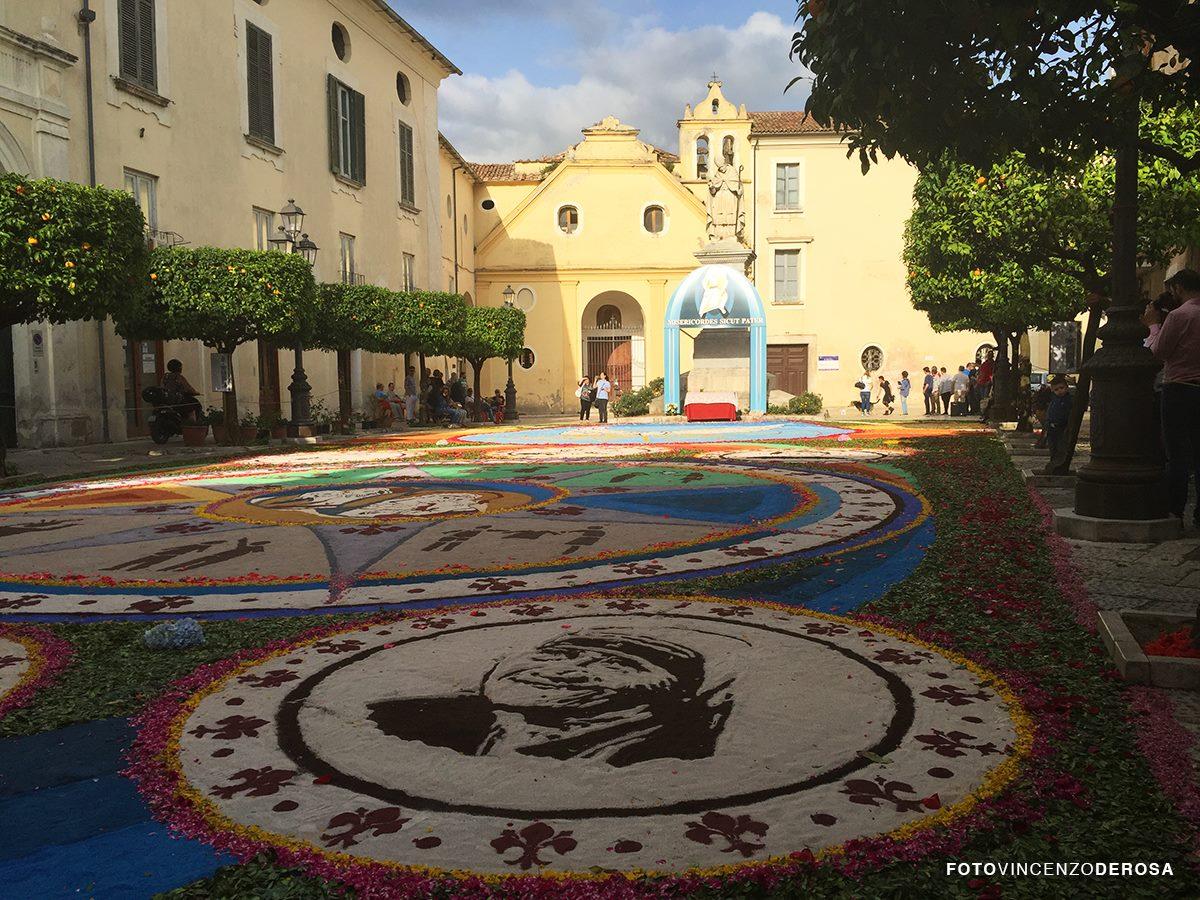 Sant'Agata de' Goti| Domenica la spettacolare Infiorata del Corpus Domini