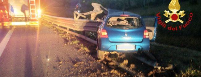 Tragedia a Grottaminarda, 22enne perde la vita in autostrada