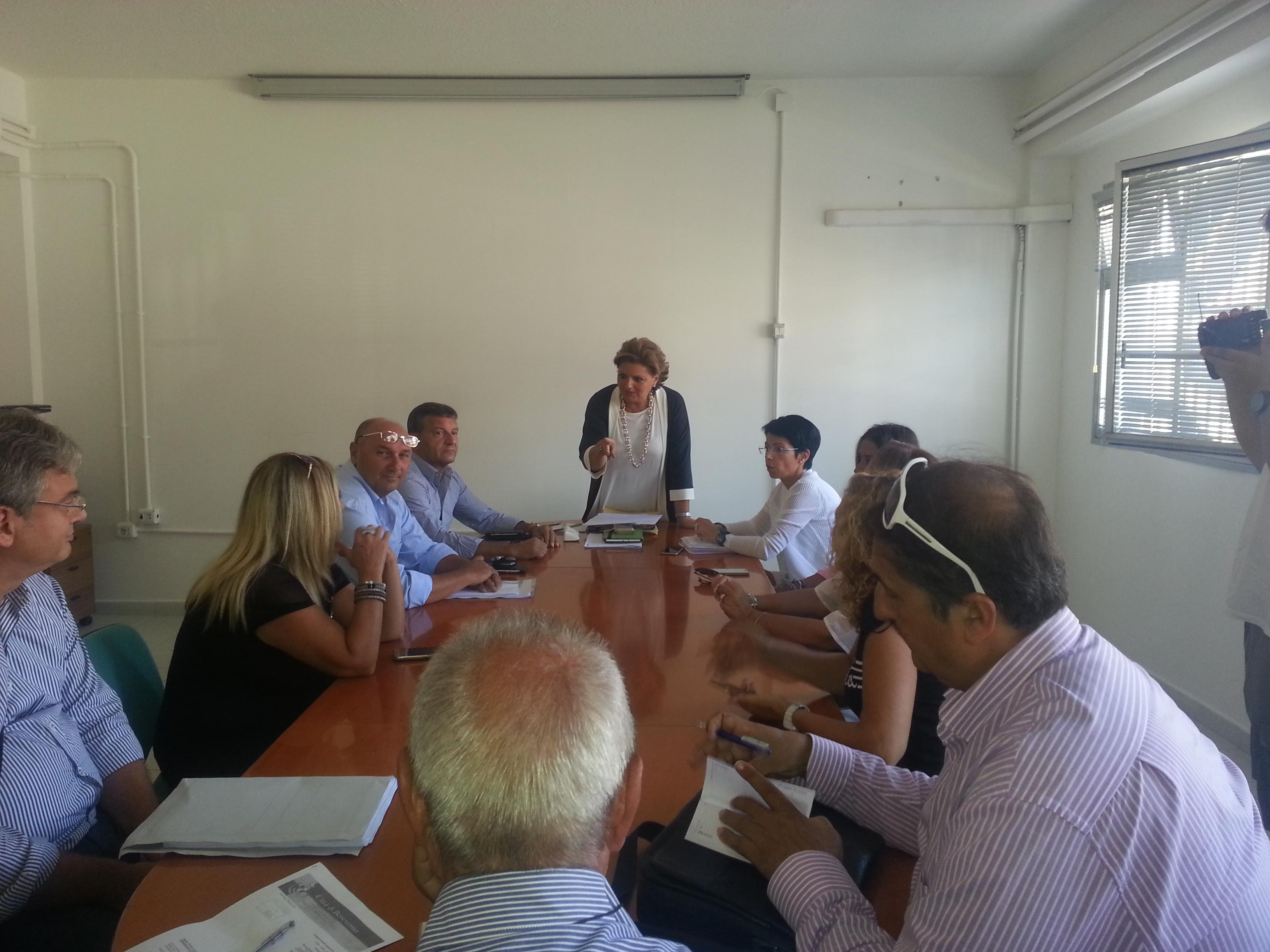 Benevento| Mensa, il Comune si piega alla riassunzione di tutti i lavoratori