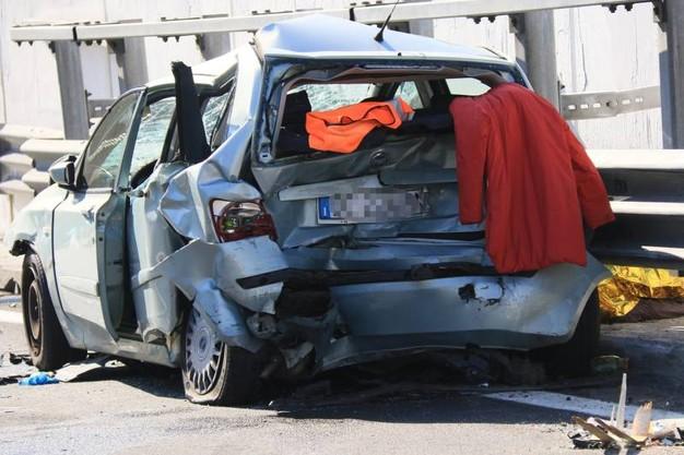 Incidente stradale sull'A1. Due morti,uno di Cervinara