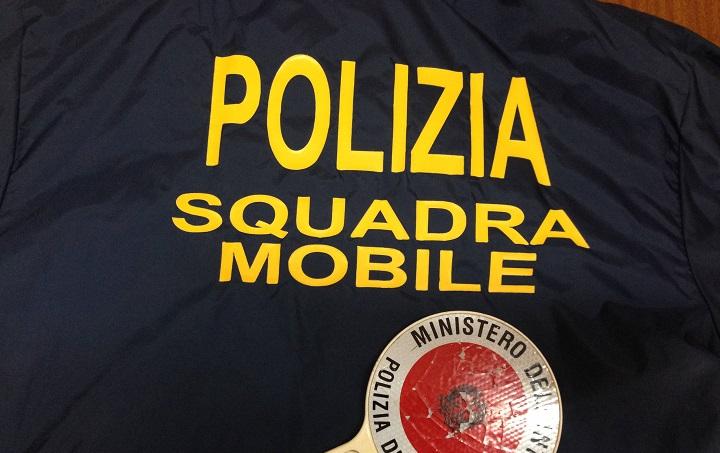 Avellino| Lotta allo spaccio di sostanze stupefacenti. La Polizia di Stato arresta pusher 29enne