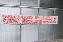 """Benevento  Mediateca, affissi manifesti di """"Potere al Popolo"""""""