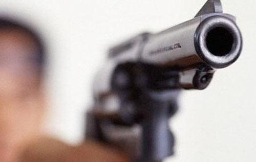 Paura a Paupisi, imprenditore picchiato e rapinato