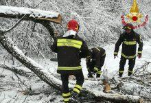 Primavera sottozero in Irpinia: vigili del fuoco in azione/FOTO
