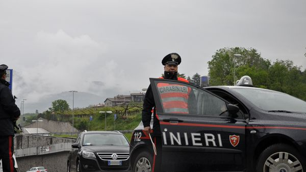 Paternopoli| In libertà vigilata era alla guida dell'auto, 55enne fugge ma viene preso e denunciato