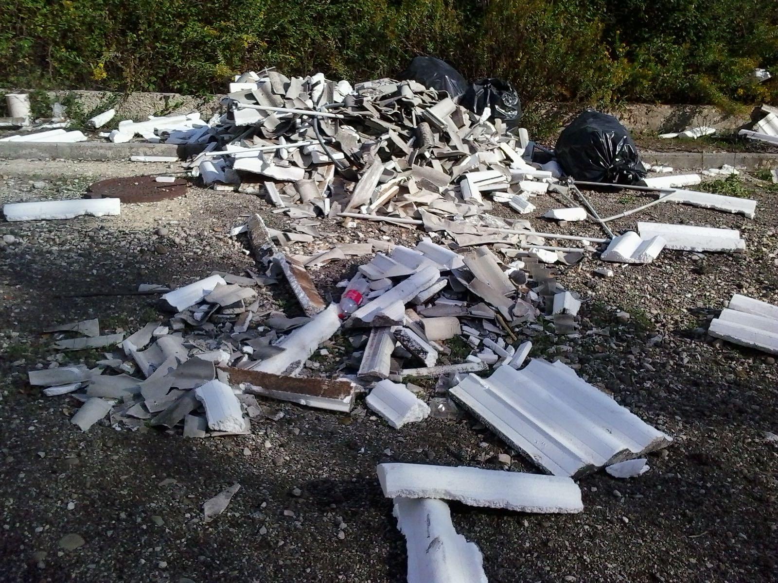 Ceppaloni| Discarica a cielo aperto, la denuncia del Comitato Cittadinanza Attiva